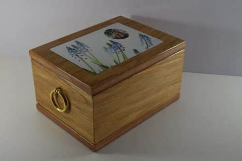 Balmoral Oak Veneered Ashes Casket with Photo